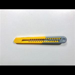Kniv med Brytblad 8mm